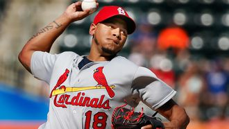 Martinez faces Astros for first time as Cards go for two-game sweep
