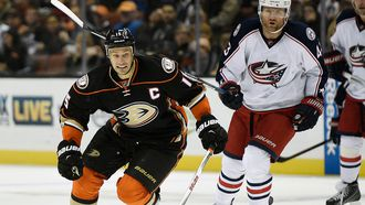 Ducks flying right? Anaheim wins third straight, beating Blue Jackets