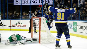 Tarasenko nets OT game-winner to lift Blues over Stars 4-3