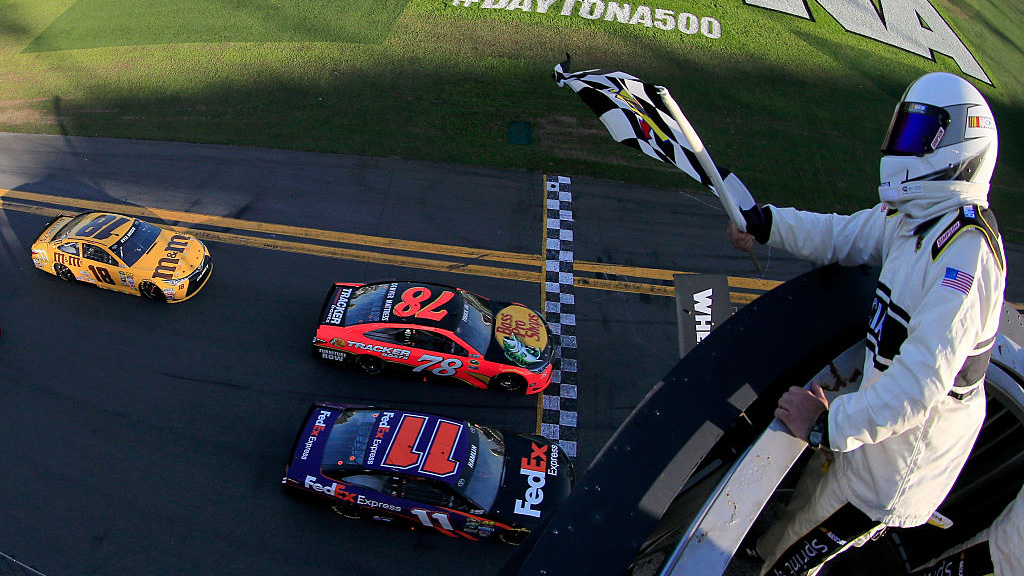 Rain washes out Sprint Cup qualifying for Chase opener